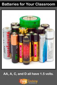 AA, A, C, or D batteries will work fine for 1.5-volt bulbs in your classroom.